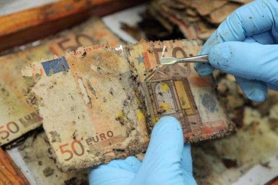 GERMANY-FLOOD-BUNDESBANK-MONEY